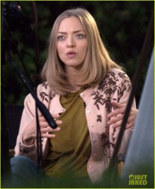 Exclusive... Amanda Seyfried On The Set Of 'The Last Word'